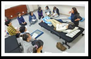 介護技術研修の様子